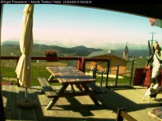 Rifugio Primaneve Monte Tomba
