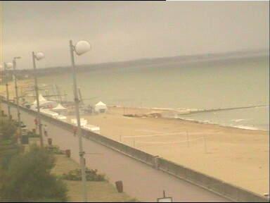 Promenade Marcel Proust & Beach View from Grand-Hôtel